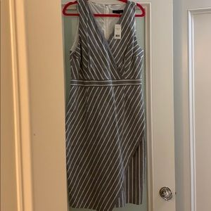 Banana Republic NWOT stripe linen dress